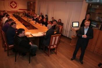 Встреча главы В.М. Панаморенко с предпринимательским сообществом в рамках заседания торгово-промышленной палаты города Дзержинского