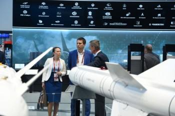 Вячеслав Духин и Екатерина Зиновьева проведут встречу с бизнесом 30 июля
